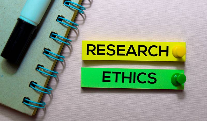 Research Ethics - Post it notes and pad